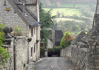 a back lane in Painswick